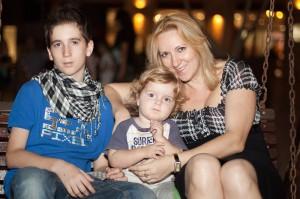Лиза, Мики и племянник Даниэль