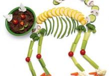 Кот-скелет из овощей