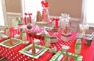 Как организовать детский праздник: не забудьте об украшении праздничного стола