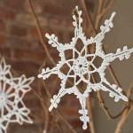 Новогодние самоделки (снежинки, гирлянды, елки и игрушки)