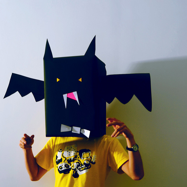 Костюм на Хэллоуин своими руками - летучая мышь