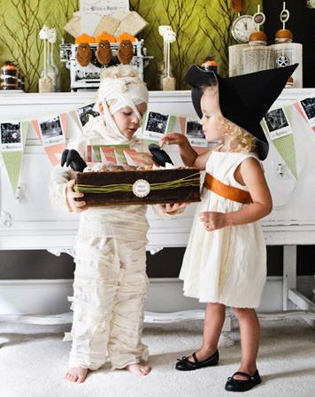 МаскеРад или Trick or treat - костюмы и ролевые игры в вашей семье