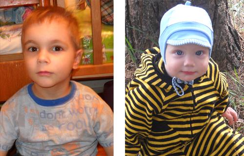 Дети: слева Данил, справа Антошка